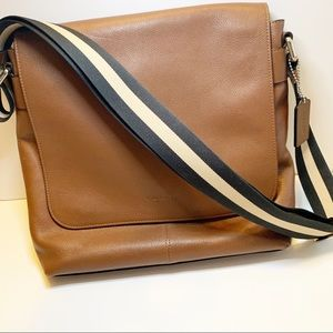 Coach | Charles Leather Messenger Crossbody